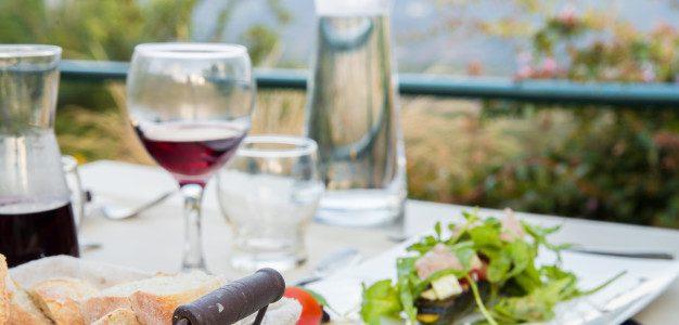 6 Cara Mengembangkan Rancangan Konsep untuk Bisnis Restoran